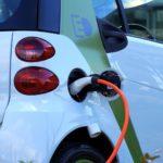Auto ibride ed elettriche: cosa cambia nella manutenzione?